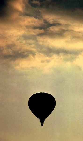 Hot Air by Aldo Panzieri
