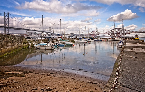 South Queensferry harbour II by chazcherry