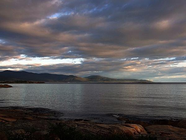 Dawn Tasmania by Regbaron