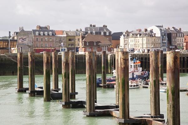 Dieppe by vickyf