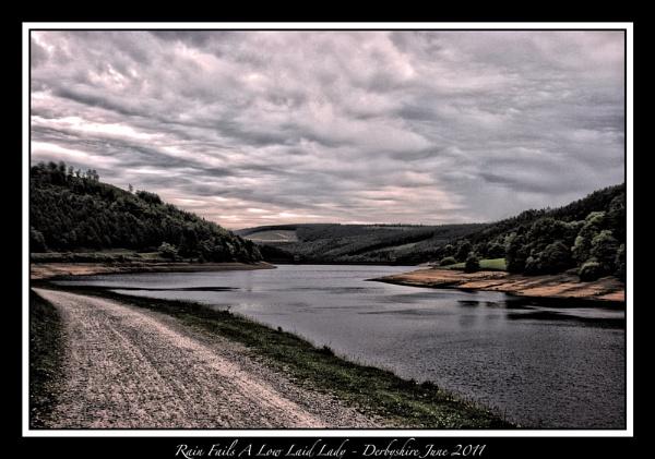 Lady Bower Dam - June 2011 by Stevebishop