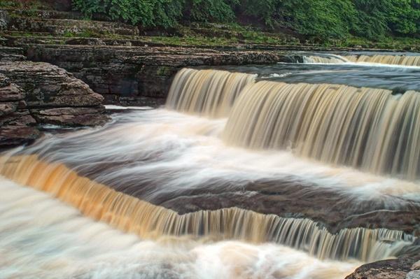Aysgarth Falls by Ian G W