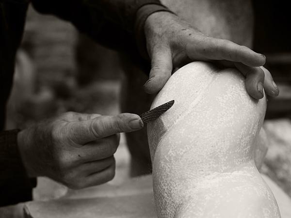Sculptor\'s hands by paul_indigo
