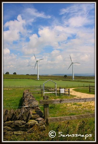 Royd Moor Wind Farm by samssnaps