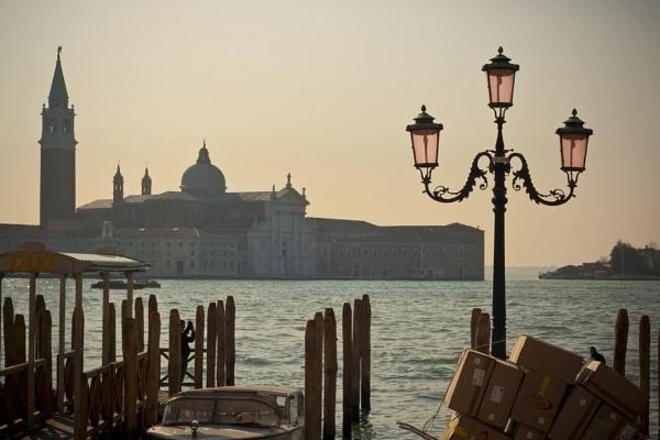 Venice Life by Riik