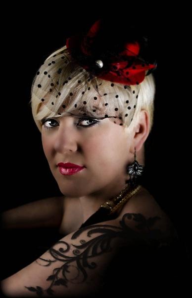 Tattoo Lady by ronan1