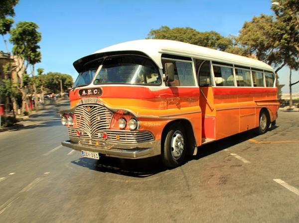 Malta Bus by wessyfiesta