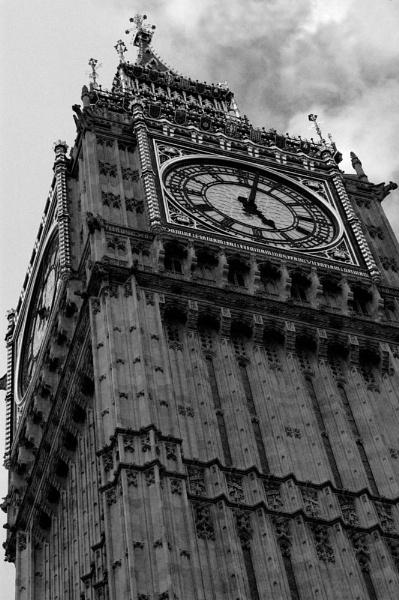 Big Ben by rhowbust