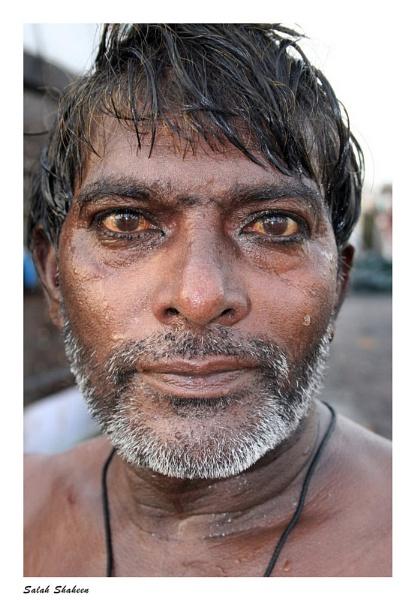 Arabian gulf, charcoal worker by Gulf_Light