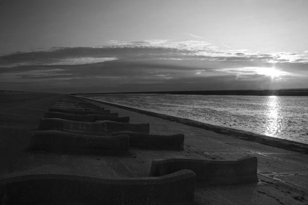 Moreton beach by 55jase