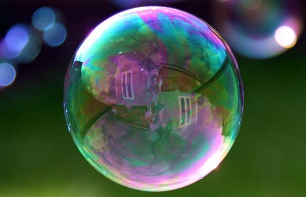 Bubbles by skinneroon