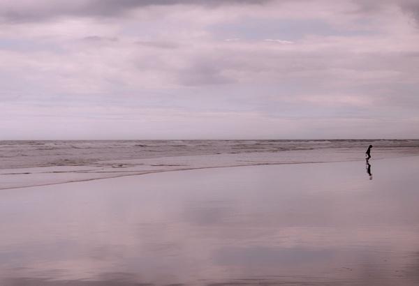 Lone paddler by dawnstorr