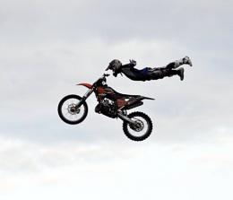 extreame stunts