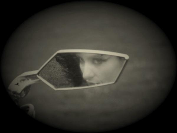 Stolen Glance by darkangel831