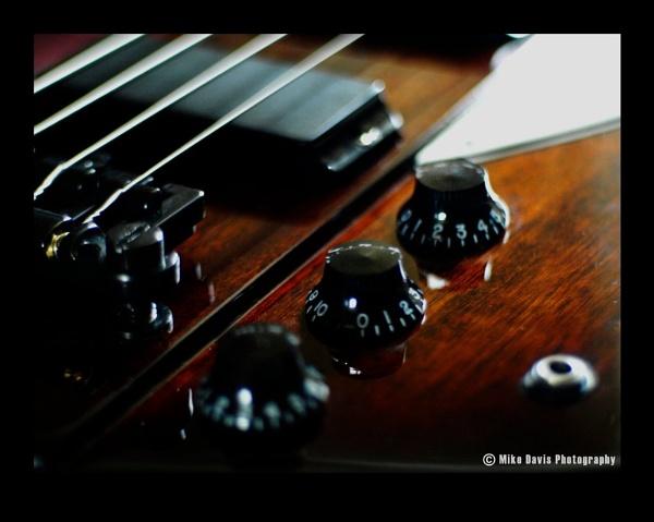 Thunderbird Bass by Alandyv8