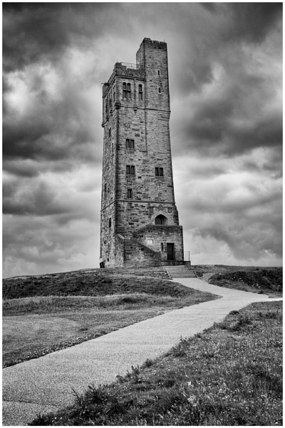 huddersfield castle hill by waggy55