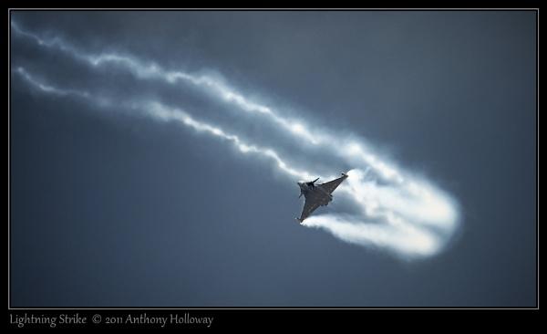 Lightning Strike by AntHolloway