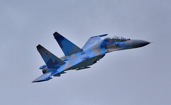 SU-27 .. by DaveCole