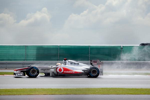Lewis Hamilton by oscarshost