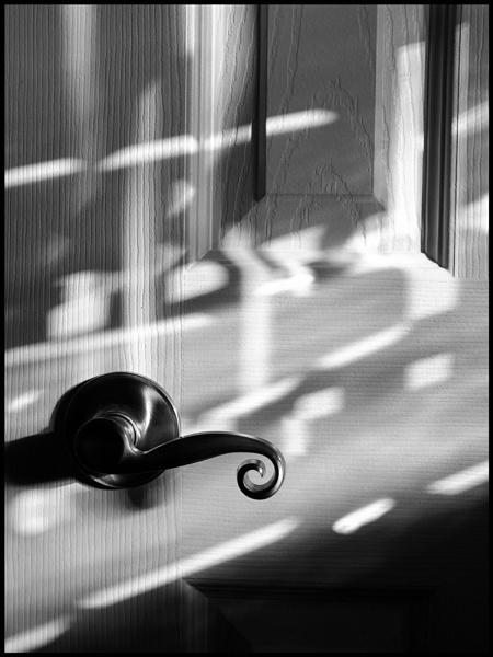 Door, handle, evening Sun by banehawi