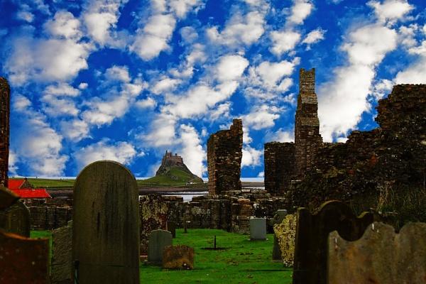 Lindisfarne by Ian55