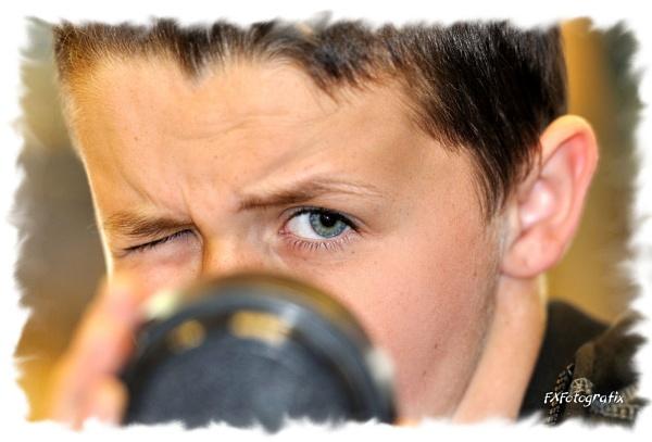 Oisin - Behind the lens.... by MTFernandes