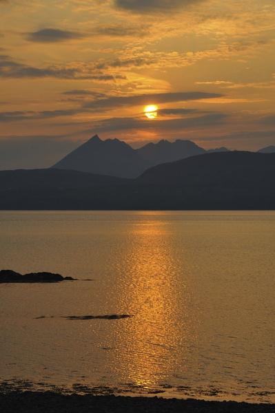 Isle Of Skye, Scotland by musicianbruce