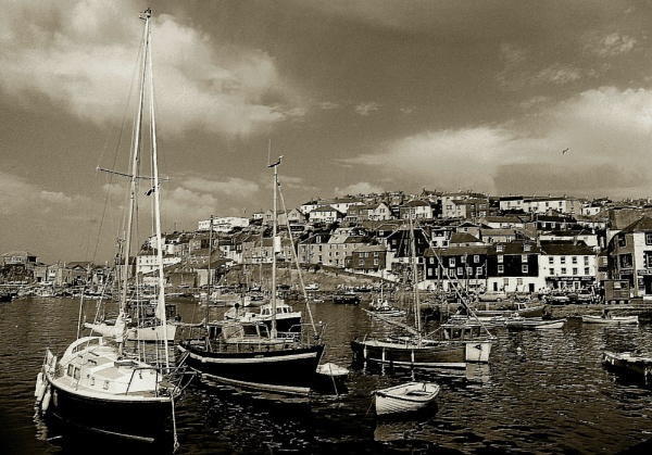 Bay of St Ives by Canonomic