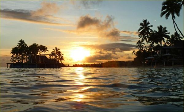 Fijian sunset by gozzojnr