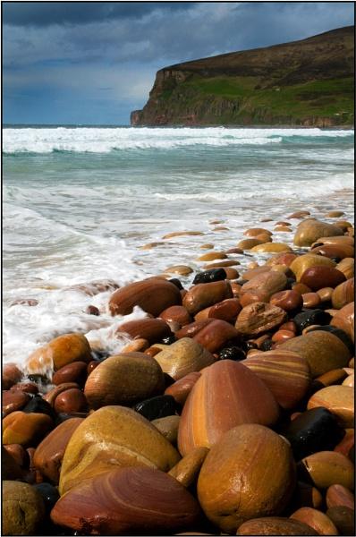 Beach Boulders by MalcolmM
