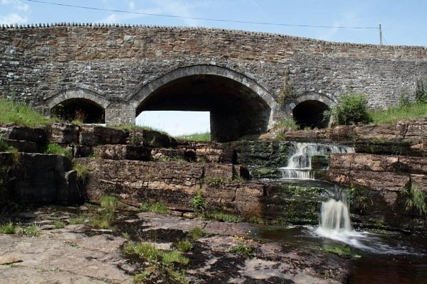 crag bridge by hallcro