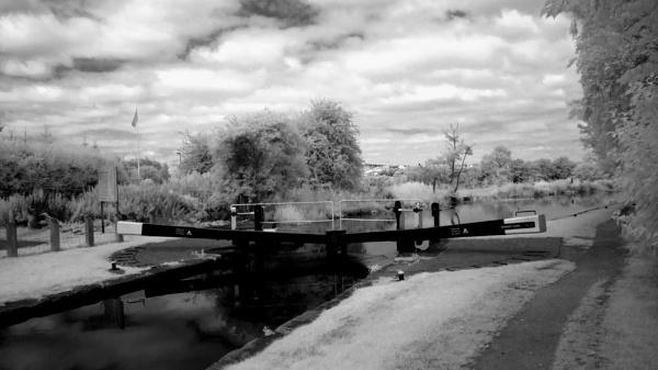 Canalside Lock by Canonomic