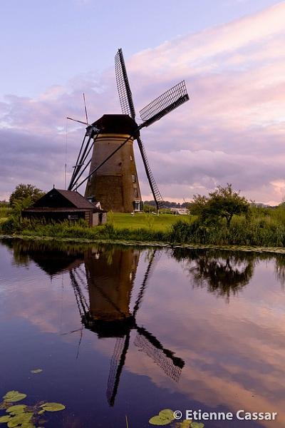 Kinderdijk Windmill by ecassar