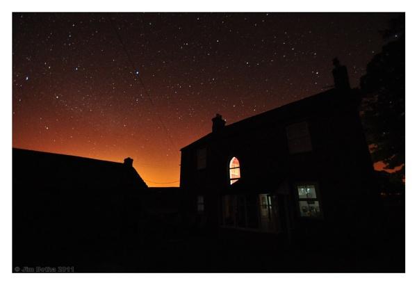 House under the stars by Jimbotha