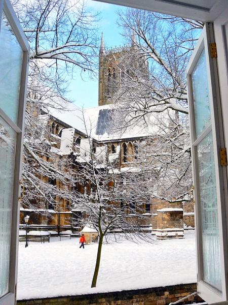 Winter Minster by stychy