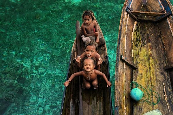 Sea Gypsy I by perakman