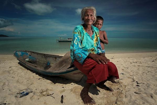 Faces of Gusungan Island by perakman