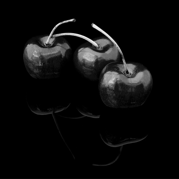 Sweet Black Cherries by whipspeed