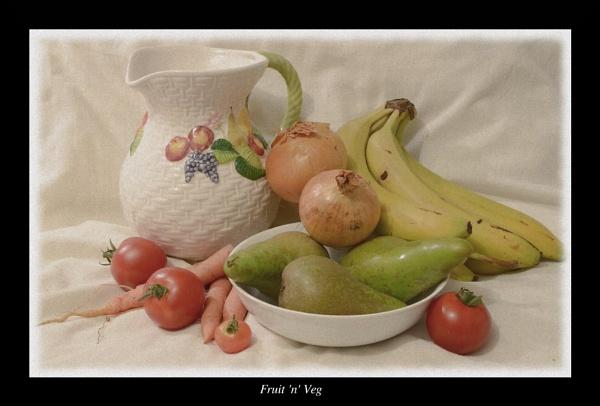 Fruit \'n\' Veg by MartPics