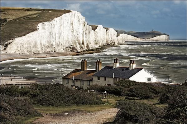 Cliffs by dwilkin