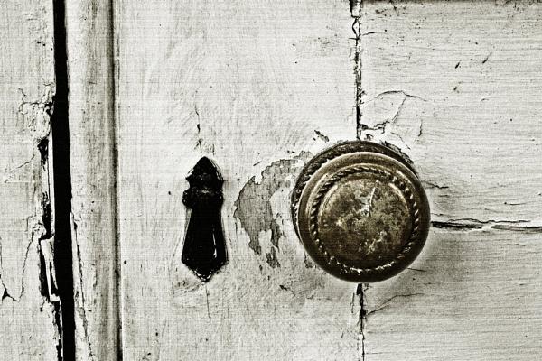 Door by anpix