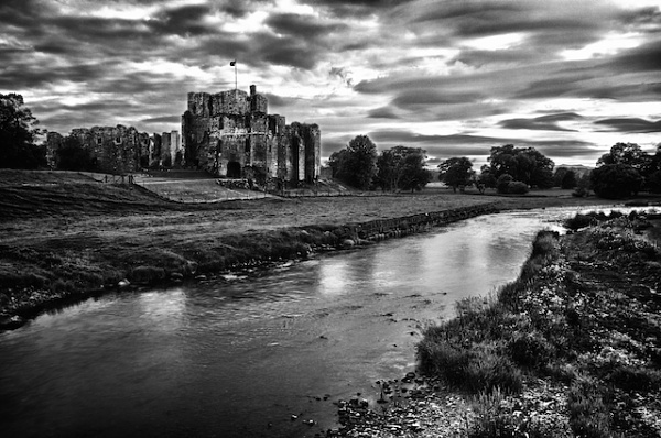 Brougham Castle by Carrera_c