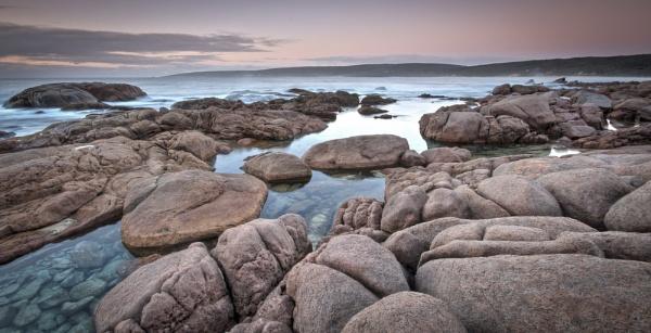 Smith\'s Beach - South Western Australia by Jonathan_Stacey