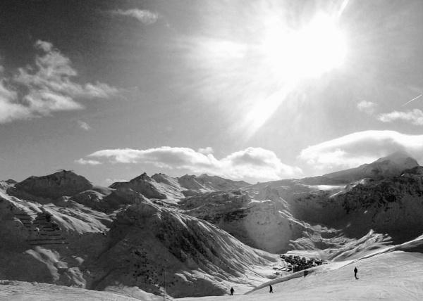 Les Montagnes D\'Hiver by jessikerr