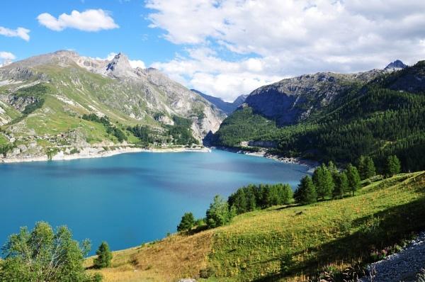 The Lake by rochellek