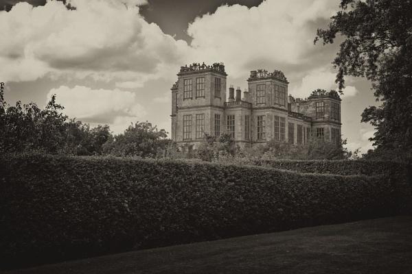 Hardwick Hall by williamthorpe271