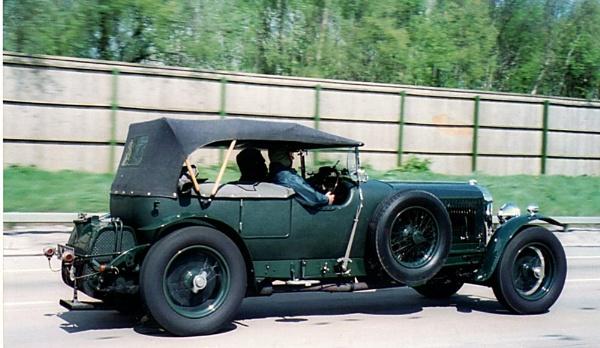 Racing Green Bentley by RobMacormac