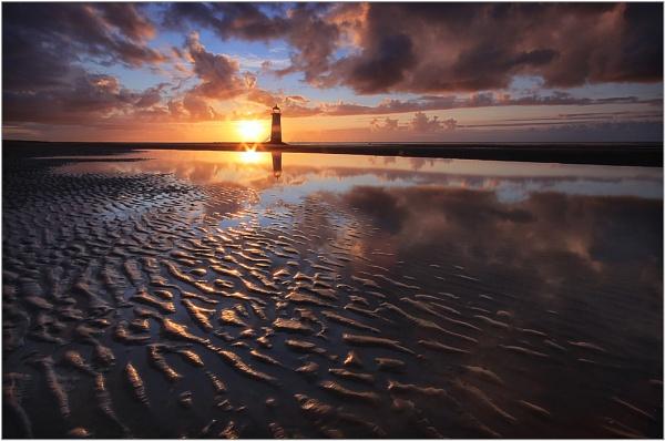 Shining Sand by MarkBroughton