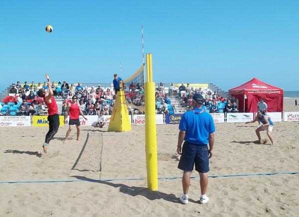 Men\'s Beach Volleyball by Hurstbourne