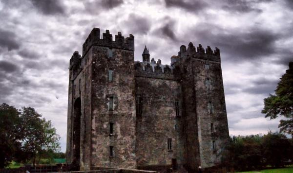 Bunratty Castle by ciara25